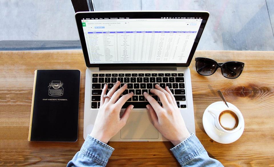 free resume critique